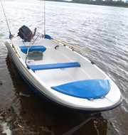 Новая моторная лодка Пингвин (тримаран) В НАЛИЧИИ